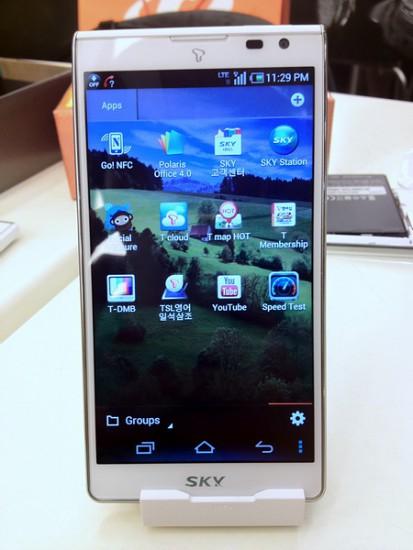 [支援香港LTE!] Pantech Sky Vega S5 IM-A840S A840S A840 全新黑/白色 5' 高清 A830S A830L 升級版