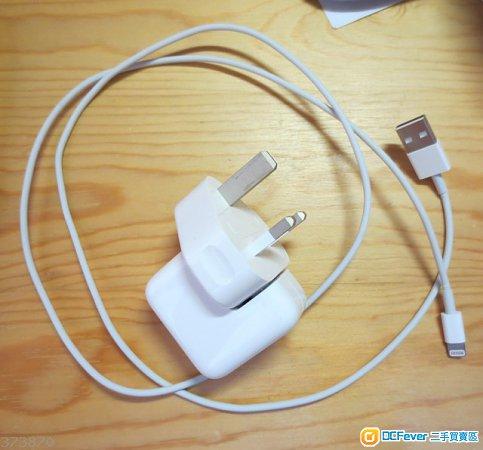 出售ipad air 原装充电器和