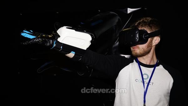 连接 HTC Vive 使用Contact VR 手套配件